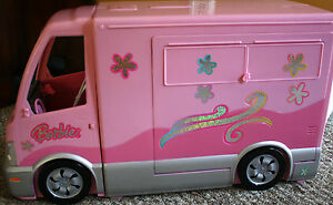 Mattel barbie camper rv motor home 2006 w sound pop out pool and accessories ebay for Barbie camper van with swimming pool