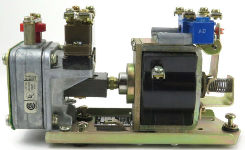 Square D 9050CO-2E 230/250 DC Coil Pneumatic Timing Relay