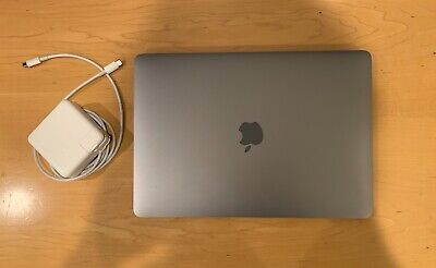 "MacBook Pro 13"" 2017 (256 GB SSD, Two Thunderbolt 3 Ports, Space Gray)"