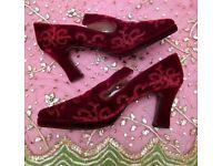 Tudor/ Renaissance Style Embroidered Velvet Shoes Size 40 Unisex Period Costume Fancy Dress Theatre