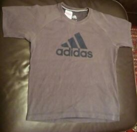 Boys Adidas Shirt 8+
