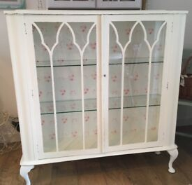 Beautiful antique display/China cabinet with a shabby chic cabbages & roses theme.