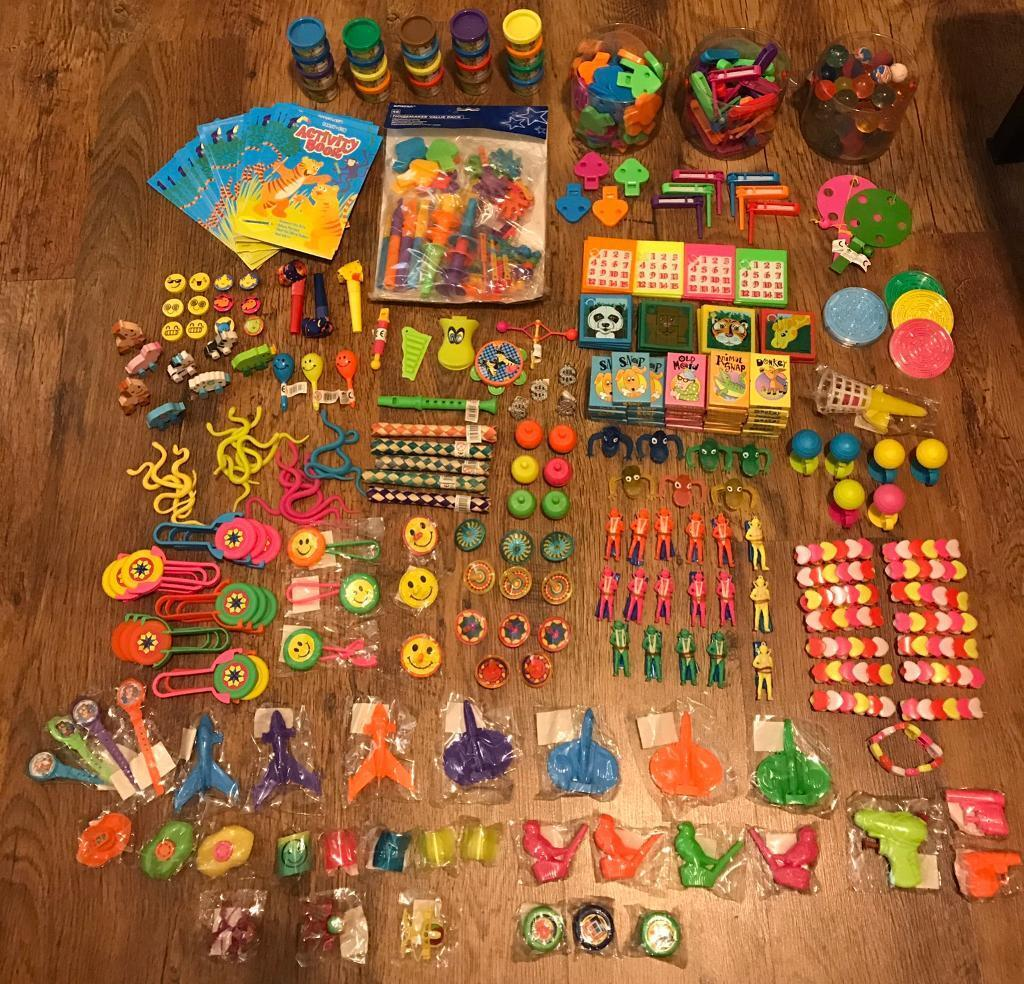 Party Bag Fillers * Lucky Dip * Games * Prizes * Party Favours ...