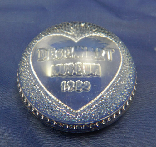 DEGENHART MUSEUM 1980 CLEAR GLASS HEART IN CENTER HEAVY PAPERWEIGHT ROUNDED TOP