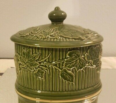 81 Birchleaf London pottery biscuits vintage barrel green and cream ceramic with lid