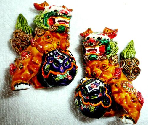"""2 VTG Colorful Chinese guardian lion foo dog shishi FENG SHUI approx 2"""" T"""