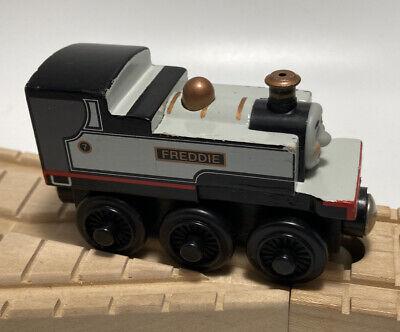 Thomas Wooden Railway Train Set Fearless Freddie Vintage '03 Engine Face Car Toy