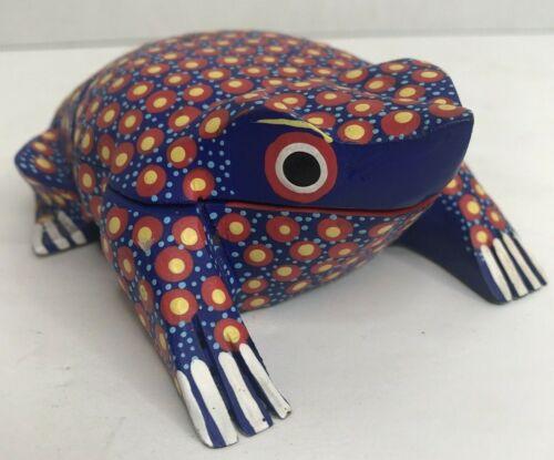Signed Ranulfo Hernandez Gomez Mexico Wood Folk Art Frog Trinket Box Figurine