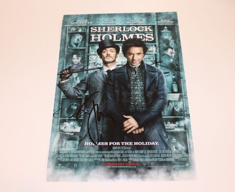 ACTOR JUDE LAW SIGNED 'SHERLOCK HOLMES' 12x18 MOVIE POSTER A w/COA PROOF WATSON