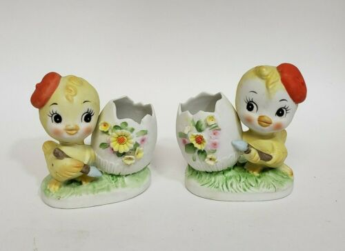 Vintage Easter Chick with beret painting Easter Egg figurines set of 2 926