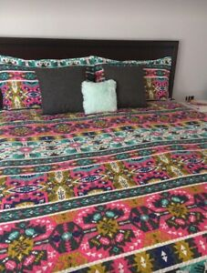 Hotel 5th Ave Coverlet