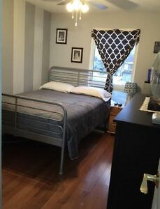 BOWMANVILLE OPG CONTRACT WORKERS ONLY FURNISHED BEDROOM