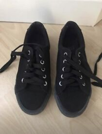 New Look Black Trainers size 3