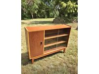 Small sideboard/display cabinet (SSTC)