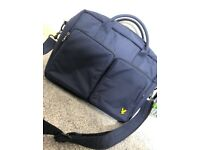 Lyle and scott side duffel bag