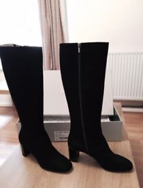 Brand New - Woman Black Long Boots from HOBBS - Size 8 / 8.5 UK (Small 9) - Model LEONIE