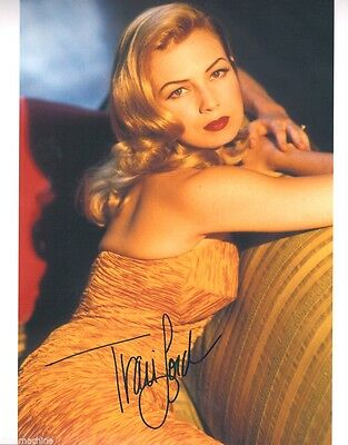 Traci Lords 8x10 Glossy Photo AUTOGRAPHED