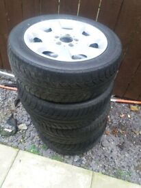Mercedes 16 inch alloys with shampiro gt winter tyres