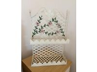 Shabby Chic shelf unit and floral hooks
