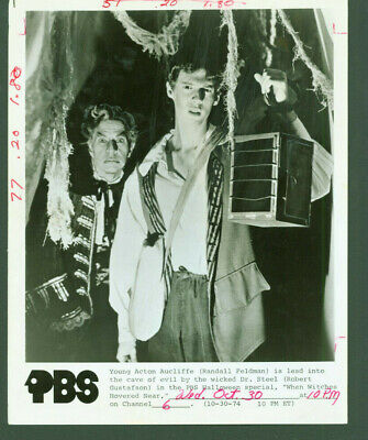 When Wicthes Hovered Near Randall Feldman PBS Halloween tv press photo MBX94 - Photo Halloween 94