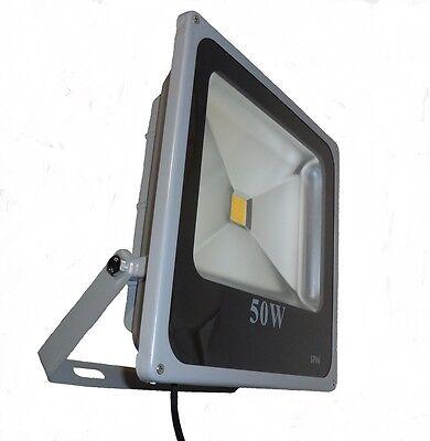 LED Außenstrahler Slim 50W, Led Fluter mit 50Watt Leistung IP66, 230V Warmweiß