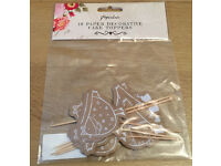 Paperchase 10 x (10 Decorative Cake Toppers)