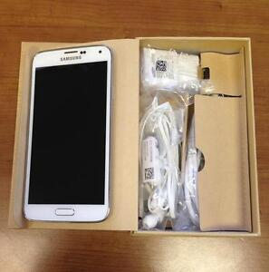 Brand New Samsung Galaxy S5 32GB unlocked $240 Many Colours