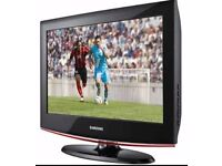 Samsung LE22B470 22 inch LCD Television with Built-in DVD Player