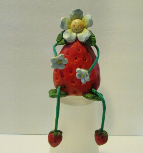 vintage tii collections Anthropomorphic Strawberry Flower shelf sitter resin