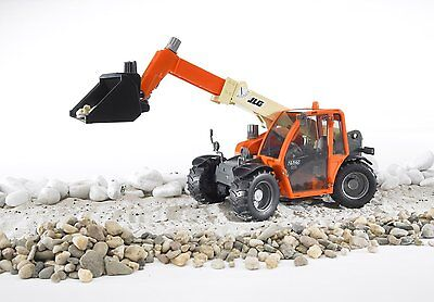 Bruder JLG 2505 Telehandler Construction Toy Truck w/ Adjusteble Arm 02140