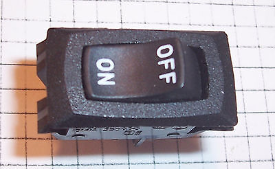 New Carling On-off Miniature Rocker Ra901911t85 Spst Quick Connect Switch Nos