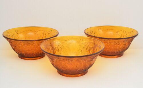 VINTAGE INDIANA TIARA SANDWICH AMBER GLASS  SET OF 3 BOWLS.