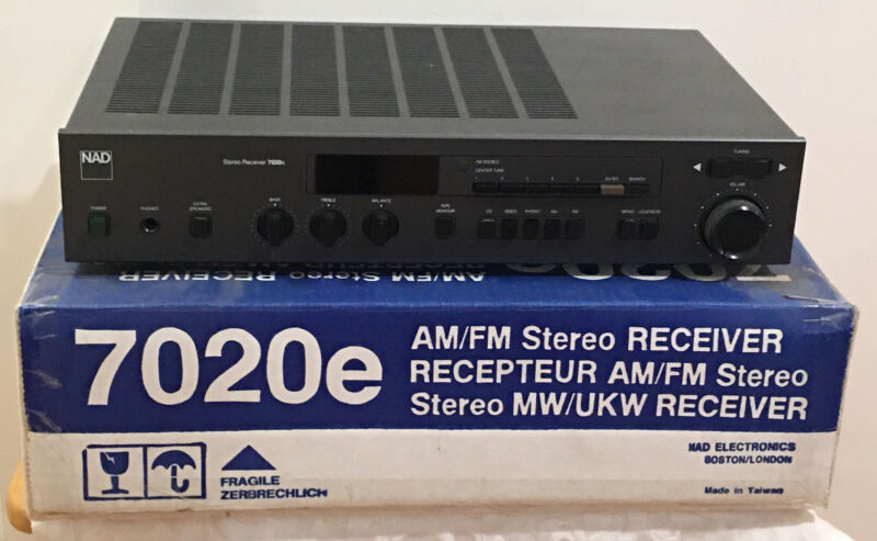 NAD 7020e Receiver With box