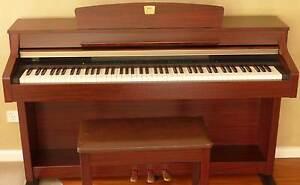 Piano (Digital) Yamaha Clavinova CLP-330 Yarralumla South Canberra Preview