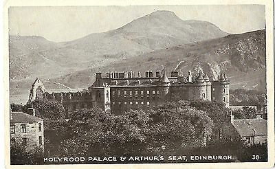 # 879 Holyrood Palace & Arthur's Seat, Edinburgh 38 Good Condition Unposted