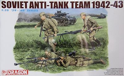 Dragon 6049: 1/35 Soviet Anti-Tank Team '42-'43 (4 Figures)
