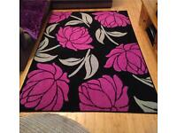 Large rug 160 x 230 cm Black with Purple flowers - very good clean condition
