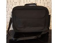 Black Laptop Carry Case/ Bag [Would suit smaller laptops/notebooks 15in. and up]