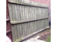 Fence panels (6 in total)
