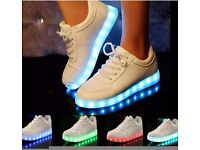 NEW Unisex light up trainers