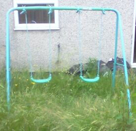 2 Seat Swing - FREE 2 -- Until Mon 2nd Aug