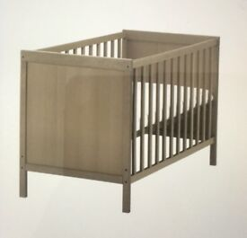 Cot, wooden cot, ikea cot, flat packed for collection £12 no parts missing.