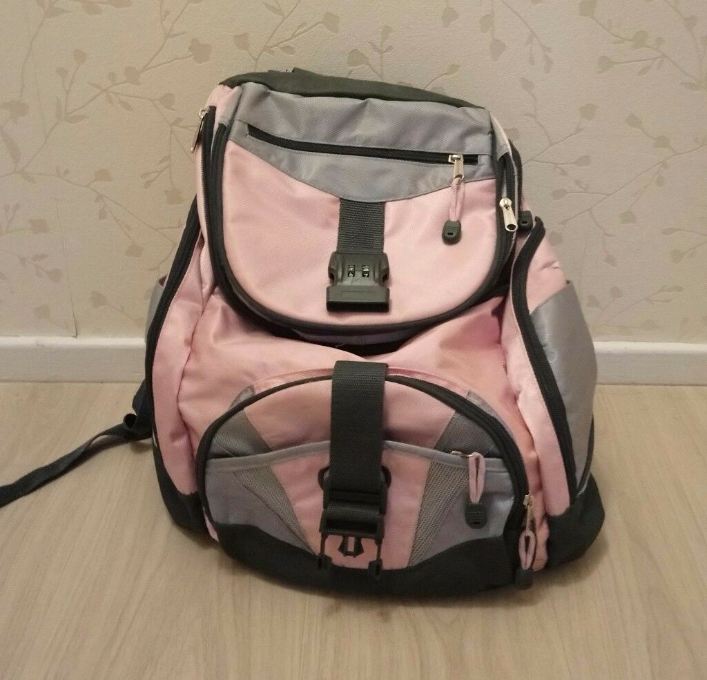 Excellent condition Rucksack/backpack with lots of compartments. Good size.