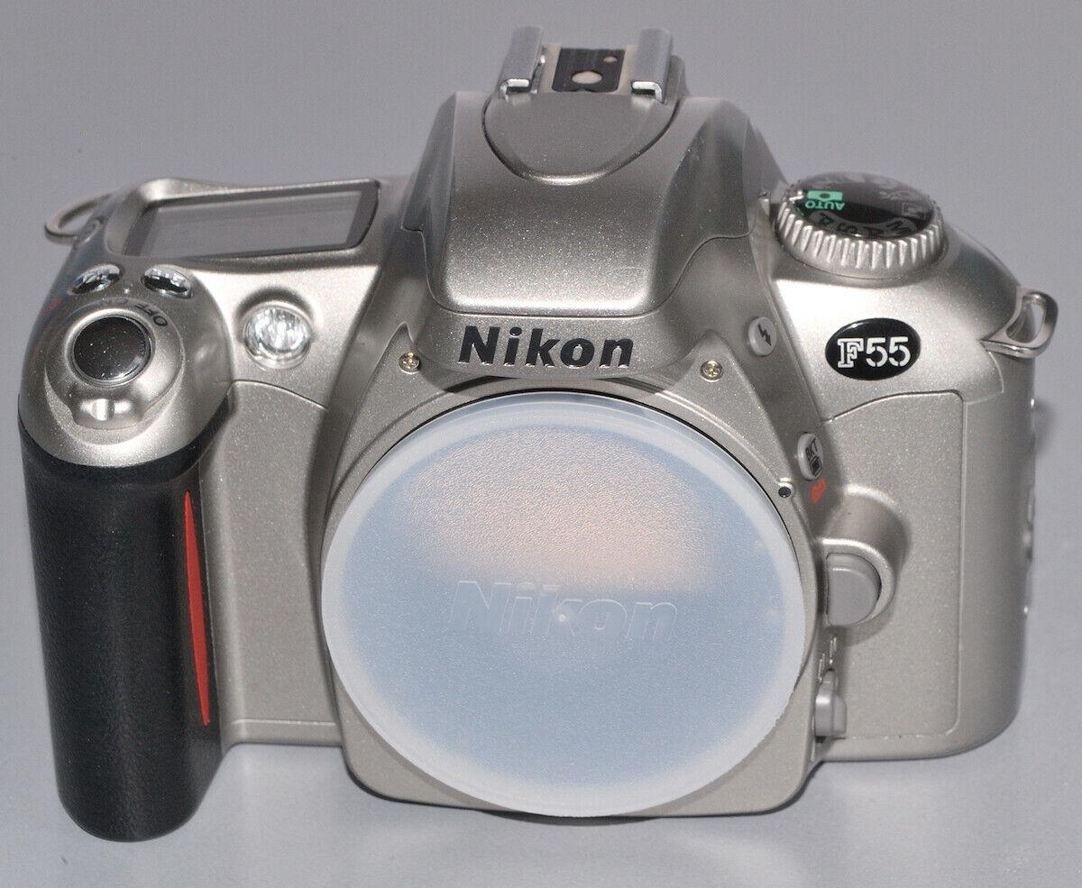 Nikon F55 Kleinbildfilm-Kamera, vom Händler mit Gewährleistung