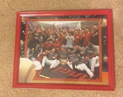 2006 St. Louis Cardinals World Series Locker Room Scene  8x10 Photo Framed