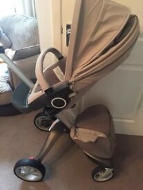 Stokke puschair with accessories
