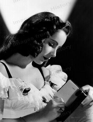 8x10 Print Elizabeth Taylor Beautiful 1947 Portrait by Clarence Bull #1244