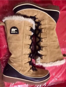 Ladies SOREL size 6 Tivoli High II Suede Boots