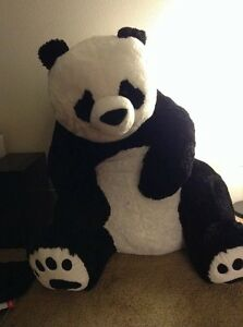 Huge panda stuffed toy