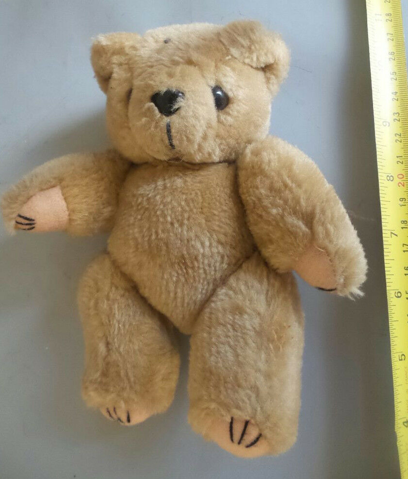 TEDDY  BEAR LIGHT BROWN ARTICULATING ARMS AND LEGS  18CM HIGH  GOOD CONDITION